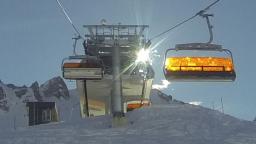 Gold im Schnee … allein das Licht!